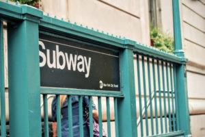 Entrada al metro en Nueva York